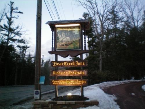 bear creek inne sign